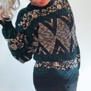 Vintage geometric print crew neck knit sweater